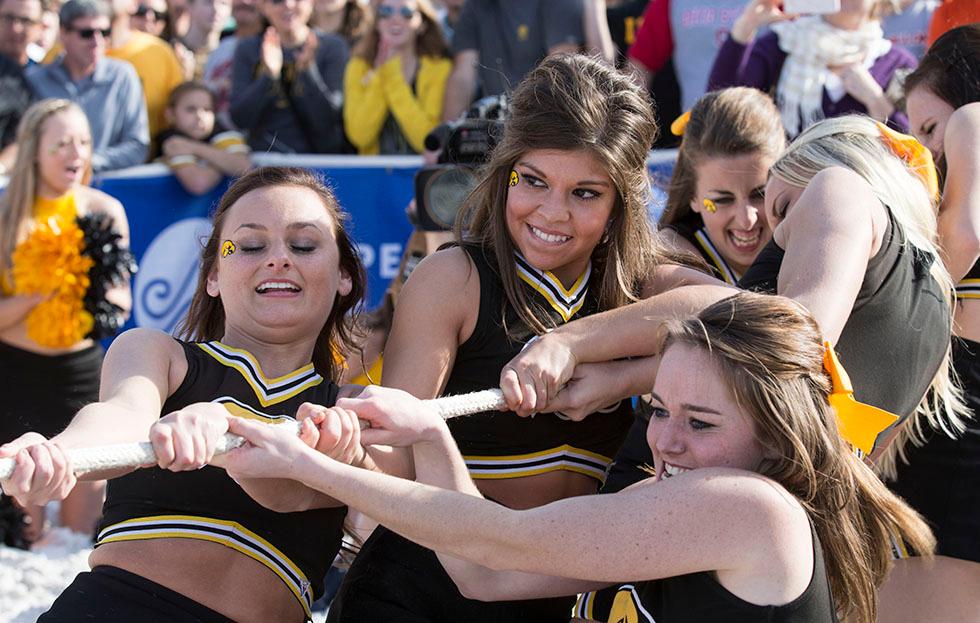 NCAAF Cheerleaders