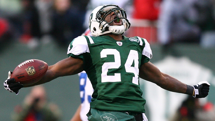 Darrell Revis Comes Back to the JETS