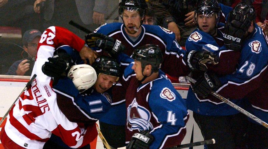 red-wings-avalanche