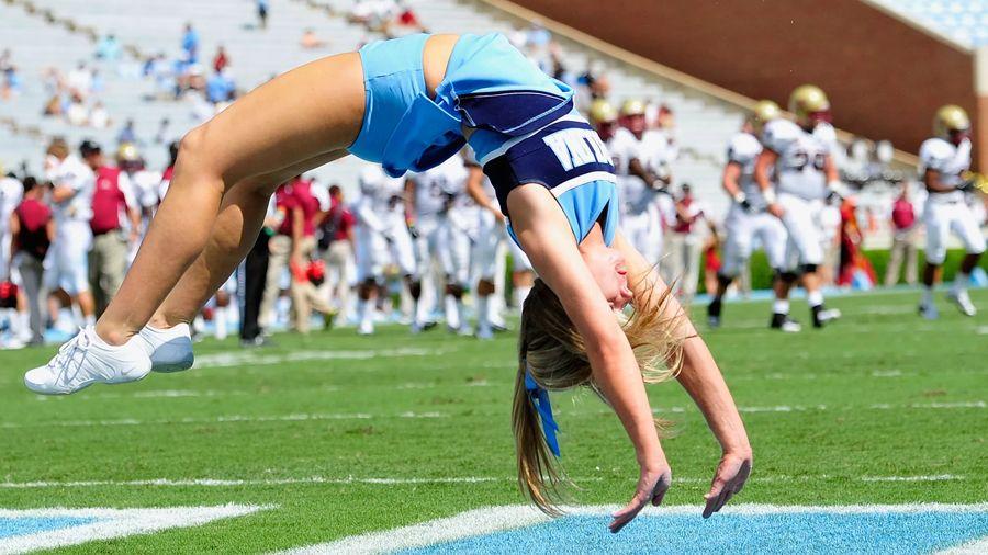 North Carolina's cheerleaders.